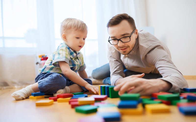 benefícios dos pais brincarem com filhos com sintomas de autismo virtual